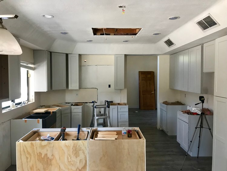 Ahwatukee Remodel and Top 10 Tips for Organizing a Move to a New Home